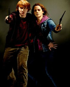 Ron and Hermione Harry Potter Films, Harry Potter Love, Harry Potter World, James Potter, Harry Otter, Deathly Hallows Part 1, Daniel Radcliffe, Ron Weasley, New Trailers