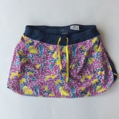 Nike Dri-fit running skort Cute patterned Nike Dri-fit workout skirt size small. Nike Shorts Skorts
