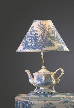 Blue Toile Teapot Lamp - Click Image to Close