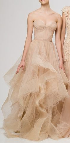 Found on valoscope.tumblr.com via Tumblr Hello, this is like a princess in the woods dress...!!!