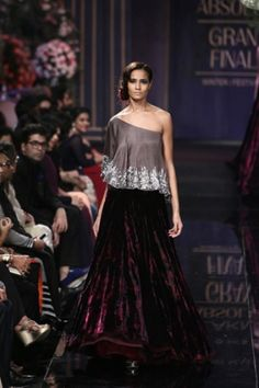 Manish Malhotra. LFW A/W 14'. Indian Couture.