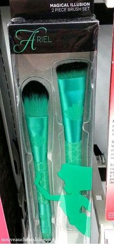 Spotted at Walgreens: SOHO Beauty Disney Princess Brush & Sponge Collection   Nouveau Cheap