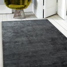 Upper Class dark grey rugs in design - Quality by name and quality by nature, this rug is available in three on trend shades that will add instant style and appeal to any home modern or traditional. Dark Grey Rug, Grey Rugs, Weaving Techniques, Shag Rug, Latest Fashion, Charcoal, Velvet, Traditional, Interior Design