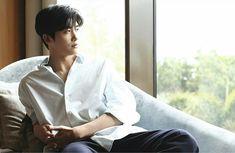 Park Hyung Sik.. d way u stare...hemmm