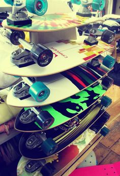 Carver is surf your skate! Just being on these boards brings the happiest times of my life Long Skate, E Skate, Skate Girl, Skate Decks, Carver Skateboard, Surfboard Skateboard, Old School Skateboards, Cool Skateboards, Cruiser Board