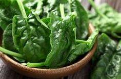 Ha szereted a spenótot, le ne ragadj a főzeléknél! Izgalmasnál izgalmasabb kajákat üthetsz össze a tavasz legzöldebb leveleiből!