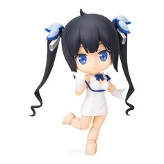 Is It Wrong to Try to Pick Up Girls in a Dungeon? (Dun-Machi) CU-POCHE – HYPETOKYO