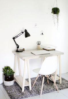 DIY Desk with Concrete Desktop and Wooden Legs