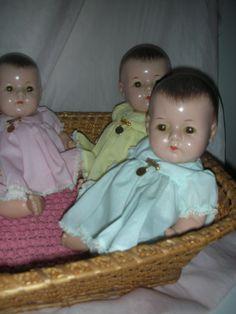 Vintage Madame Alexander Dionne Quintuplet Composition Dolls in Basket..