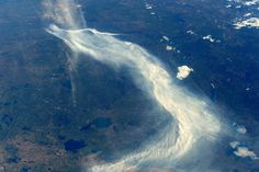 PHOTOGRAPH BY TIM PEAKE, ESA, NASA