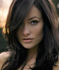 Olivia Wilde...love the dark hair.
