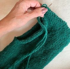 Vi strikker sammen: Tovede tøfler! - Tutorials, Fashion, Knit Socks, Moda, Fashion Styles, Fashion Illustrations, Wizards