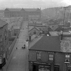 Rutland Street from Buckingham Street Ireland Pictures, Old Pictures, Old Photos, Dublin Street, Dublin City, Dublin Ireland, Paris Skyline, Past, Italy
