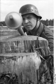 German Luftwaffe soldier with Panzerfaust 30 klein antitank weapon, Russia, 1944.
