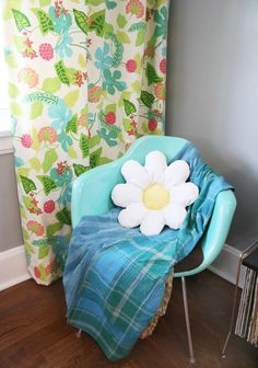 Daisy Pillow DIY