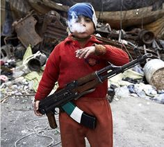 "The human race in 24 poignant photos / old Syrian ""rebel"" Cultures Du Monde, War Photography, Lewis Carroll, 7 Year Olds, Gangsters, Art Plastique, Photojournalism, Martial, Racing"