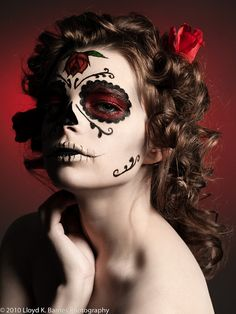 Mexican sugar skull makeup for Katrine to Costume Halloween, Halloween Make Up, Halloween Face Makeup, Halloween Ideas, Sugar Skull Costume, Sugar Skull Makeup, Sugar Skulls, Catrina Costume, Dead Makeup