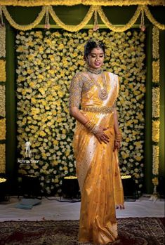 Indian Bridal Sarees, South Indian Sarees, South Indian Bride, Traditional Wedding Decor, Traditional Dresses, Bridal Looks, Bridal Style, Pattu Saree Blouse Designs, Wedding Saree Collection