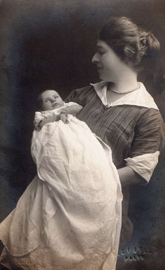 Lovely Mother and Baby circa 1915