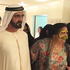 Mohammed bin Rashid bin Saeed Al Maktoum y Mama Nora, Vía: mamanooora Prince Crown, Royal Prince, Dubai, Royal Family Pictures, Queen Victoria Prince Albert, Handsome Arab Men, Prince Mohammed, My Prince Charming, Famous Faces
