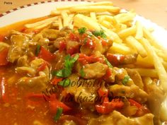 Czech Recipes, Ethnic Recipes, Chana Masala, Meat Recipes, Thai Red Curry, Pork, Food And Drink, Pizza, Treats