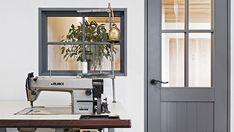 造作家具にこだわったお店のような平屋のお家 I様邸 | 【公式】チェックハウス Juki, Sewing Table, Antiques, House, Furniture, Color, Home Decor, Detail, Antiquities