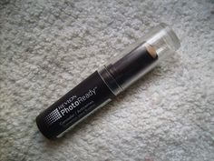 Revlon Photoready Concealer in 002 Light Pale Review