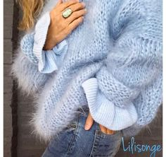 Hellblauer Strickpullover Woman Knitwear and Sweaters woman in blue sweater Cozy Sweaters, Sweaters For Women, Knitting Sweaters, Blue Sweaters, Mode Outfits, Fashion Outfits, Fashion Fashion, Fashion Ideas, Gros Pull Mohair