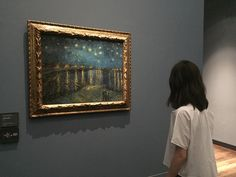 2 OR Which is your favorite Van Gogh's painting? Art Hoe Aesthetic, Aesthetic Photo, Vincent Van Gogh, Tableaux Vivants, Museum Photography, Oeuvre D'art, Art Museum, Museum Plan, Museum Exhibition
