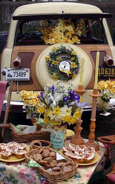 Woodie Tailgate, Daffodil Festival, Nantucket - Photo by: Michael Galvin | Flickr - Photo Sharing!