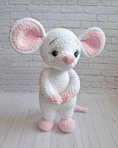 Crochet amigurumi 621637554800852491 - 62 ideas crochet toys animals crafts Source by duflotolympe Crochet Amigurumi Free Patterns, Crochet Animal Patterns, Crochet Doll Pattern, Stuffed Animal Patterns, Crochet Dolls, Free Crochet, Amigurumi Tutorial, Crochet Mouse, Crochet Bunny