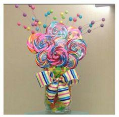 Centro de mesa elaborado con dulces