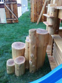 module de jeux Cabanes et Jeux Ludo - Cabanes et Jeux Ludo Ludo, Firewood, Texture, Crafts, White Cedar, Cabins, Surface Finish, Woodburning, Manualidades