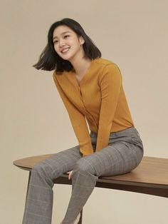 Kim Go Eun Style, Kim So Eun, Japan Fashion, Girl Fashion, Korean Wedding, Korean People, Korean Entertainment, Kdrama Actors, Korean Actresses