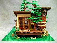 """""""Round house"""": A LEGO® creation by Boise Bro : MOCpages.com"""