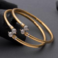 Gold Ring Designs, Gold Bangles Design, Gold Earrings Designs, Gold Jewellery Design, Diamond Jewellery, Fancy Jewellery, Plain Gold Bangles, Gold Jewelry Simple, Gold Bangle Bracelet