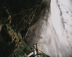 @jane_iskra always amaze us with her works and this one breathtaking photo is no exception! Jaw-dropping on the amazing view with that extra dash of fog accent building such a majestic and captivating portrait of the couple. It is indeed true that you just need the nature to work by itself in making a beautiful shot isn't it? Wants this kind of shot too? Tag your partner and let them know! by weddingdream on Instagram