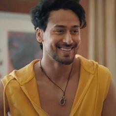 Tiger Drawing, Boy Images, Tiger Shroff, Cute Funny Quotes, Bollywood Actors, Kerala, Cute Boys, Ankita Lokhande, Arab Men