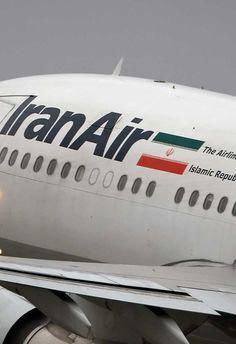 Irán compra cien aviones a Airbus, aunque deja fuera el A380  Irán compra cien aviones a Airbus por un valor aproximado de veinte mil millones de dólares. En una operación que se negociaba desde enero pasado, la compañía nacional Iran Air ha acabado dejando fuera el avión gigante A380 por problemas para su circulación en el aeropuerto de Teherán. En principio, el gobierno iraní había firmado una opción de compra con la empresa europea también de doce A380. Finalmente, la adquisición se...