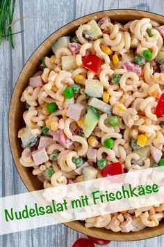 Kinder Nudelsalat mit Frischkäse, was Kindern schmeckt Recipe for a kid with cream cheese and ketchup and vegetables that you like with sausage or ham. delicious family dinner for children and adults My room salad # cream cheese Kids Pasta, Pasta Salad For Kids, Family Meals, Kids Meals, Plats Healthy, Salad Cream, Salad Recipes, Healthy Recipes, Pasta Recipes