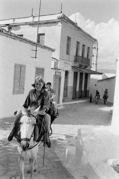 HYDRA - Songs and Tales of Bohemia - James Burke - George Johnston-Leonard Cohen on Hydra. October 1960. Life Magazine