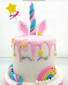 Cake with carrot and ham - Clean Eating Snacks Beautiful Cakes, Amazing Cakes, Unicorn Birthday Parties, Birthday Cake, Unicorn Foods, Unicorn Cakes, Salty Cake, Drip Cakes, Savoury Cake