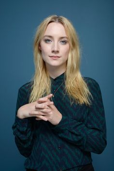 Saoirse Ronan Photos - Actress Saoirse Ronan of 'How I live Now' poses at the Guess Portrait Studio during 2013 Toronto International Film Festival on September 2013 in Toronto, Canada. - 'How I Live Now' Portraits in Toronto Pretty People, Beautiful People, Blond, Isabelle Drummond, The Lovely Bones, Live In The Now, Studio Portraits, Actors & Actresses, Portrait Photography