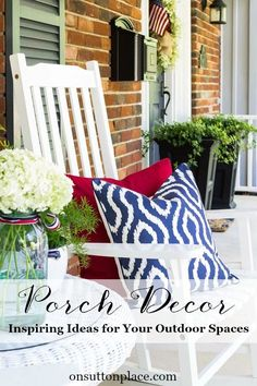 One of the tricks to a successful outdoor space is to add the same elements used for an indoor space. Here are loads of ideas and great inspiration on how to do exactly that. Seasonal ideas as well as sources and tutorials are included.