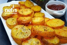 Tereyağlı Çıtır Patates Tarifi nasıl yapılır? 3.063 kişinin defterindeki bu tarifin detaylı anlatımı ve deneyenlerin fotoğrafları burada. Baked Potato, Sweet Potato, Baking, Vegetables, Ethnic Recipes, Kitchen, Foods, Kitchens, Recipes