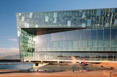 Architektura w Polsce i na Świecie - Harpa – sala koncertowa i centrum konferencyjne w Islandii
