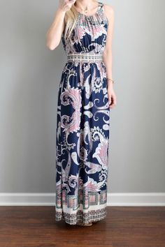I like the way the waistline is defined by the contrasting print