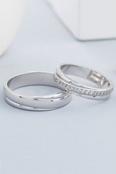 Jewellery Shops Ellenbrook his Couple Rings Gold Price with Khazana Jewellery Official Website this New Couple Wedding Rings Wedding Rings Sets His And Hers, Matching Wedding Rings, Wedding Rings Simple, White Gold Wedding Bands, Diamond Wedding Bands, White Gold Rings, Trendy Wedding, His And Hers Rings, Couple Rings Gold