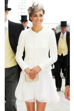 June 4, 2011She accessorizes a chiffon Reiss dress and Joseph jacket with an L.K. Bennett diamond-encrusted clutch at the Investec Derby Day in Epsom, England.