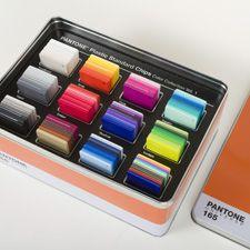 Pantone - PANTONE Plastic Standard Chips Color Collection Volume 1